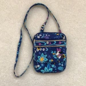 Vera Bradley Minnie Mouse cross body purse.